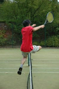 398px-Leaping_the_tennis_net